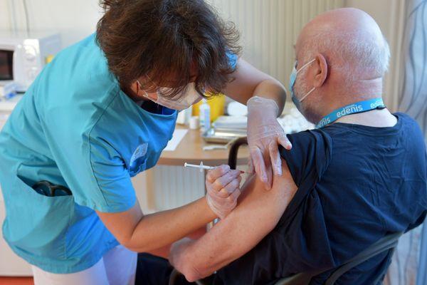 Vaccination dans un EHPAD de Portet-sur-Garonne (31)