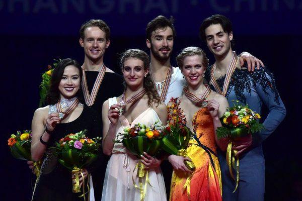 Les Clermontois Gabriella Papadakis et Guillaume Cizeron ont été sacrés champions du monde en danse sur glace pour la première fois de leur jeune carrière, vendredi à Shanghai (27/03/2015)