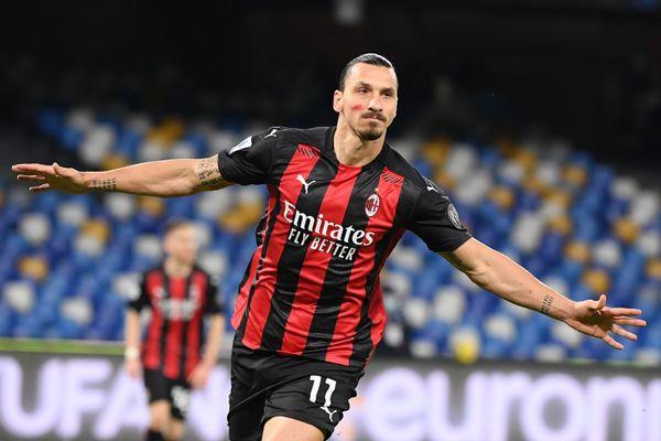 Ibrahimovic s'est blessé contre Naples. Il ne jouera pas le match retour contre le LOSC en Ligue Europa ce jeudi au stade Pierre Mauroy.