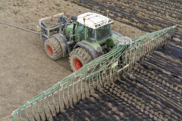 Les épandages de boues d'épuration sont soumis à des contrôles plus stricts et réguliers que la normale. (archives)