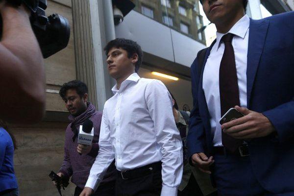 Nicolas Zepeda Contreras devant la Cour suprême du Chili. Il est le principal suspect dans la disparition de Narumi Kurosaki.