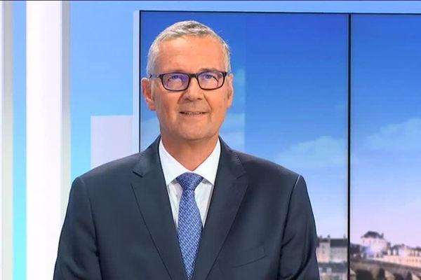 Pascal Blanc invité de Rébecca Benbourek dans le 19/20 de France 3 Centre Val de Loire le 15 octobre 2018