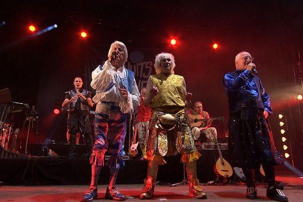 """""""Les Trois Jean"""" du groupe Tri Yann, lors du concert des 50 ans, enregistré le 20 juillet 2019, au Festival Les Nuits Salines de Batz-sur-mer"""