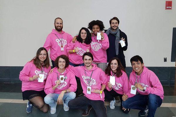 """Les 9 étudiants de Montpellier ont obtenu la médaille d'or mention """"Best education et public engagement"""" à Boston."""