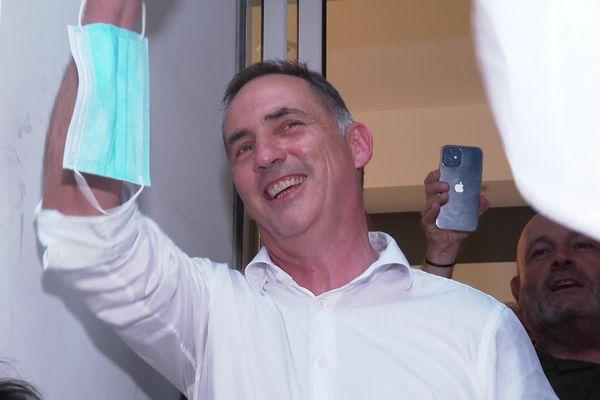 Gilles Simeoni sort en tête du premier tour de ces élections, avec 29,19 % des suffrages.