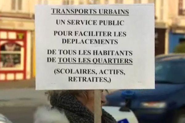 Le collectif dénonce un appauvrissement du service de bus