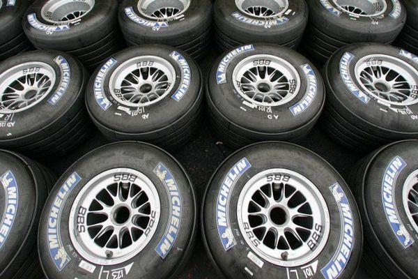La date limite de candidature était fixée au 17 juin 2015, Michelin a envoyé la sienne avec l'espoir de retrouver la Formule 1 et ses paddocks en 2017.