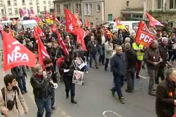 Quelque 500 personnes ont battu le pavé ce 18 mars à Poitiers