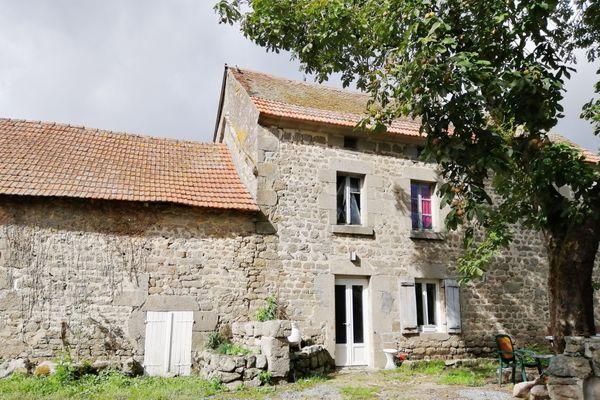 Les maisons anciennes avec jardins entre 60 et 100 000 euros se vendent comme des petits pains.