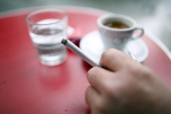 4 lycéens sur 10 ont fumé avant 14 ans, selon une étude menée par l'Observatoire régional de la santé