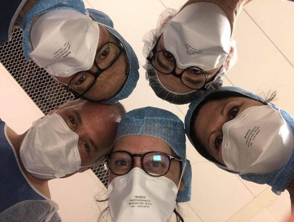 Des soignants du service réanimation de l'hôpital d'Abbeville