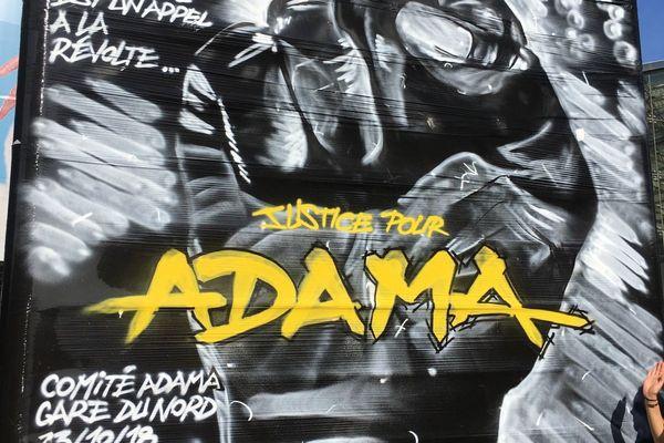 Le collectif La vérité pour Adama demande dénonce une expertise médicale disculpant les gendarmes dans la mort d'Adama Traoré en 2016.