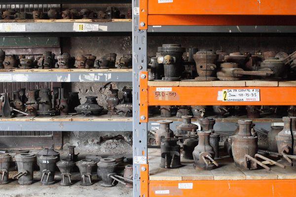 La collection unique de moules de soufflage du site verrier de Meisenthal : 1.800 pièces en fonte et en bois