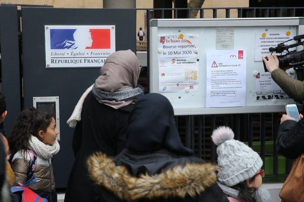 À compter du lundi 9 mars 2020, tous les établissements scolaires du Haut-Rhin ferment pour quinzaine.