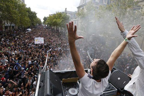 La Techno Parade 2015, dans Paris, le 19 septembre 2015.