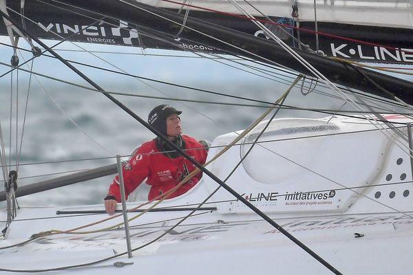La navigatrice Samantha Davies à bord de son Imoca Initiatives Cœur.
