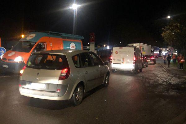 Opération barrage filtrant des transporteurs routiers aux ronds-points de Ludres/Fléville.