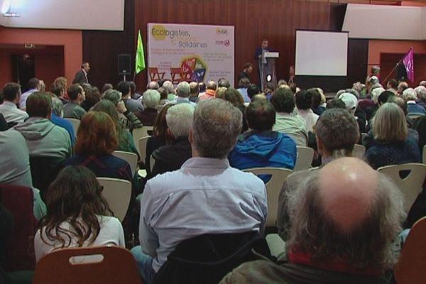 Plus de 200 personnes au meeting de Cécile Duflot et Charles Fournier ce jeudi soir