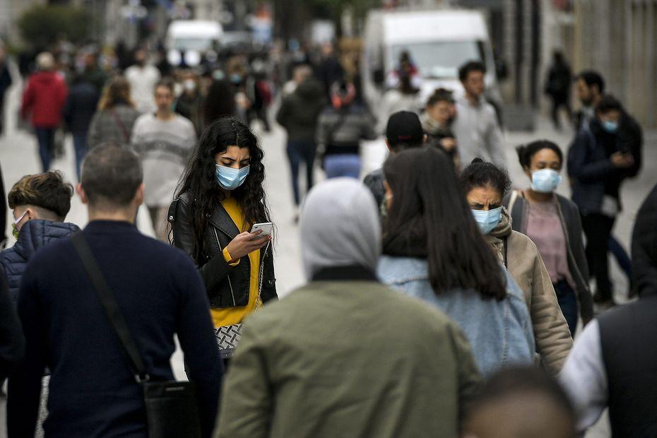 Masque obligatoire à l'extérieur en Île-de-France : la liste des lieux concernés