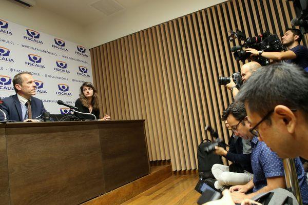Conférence de presse à santiago Chili avant interrogatoire de Nicolas Zepeda, le 16 avril 2020.