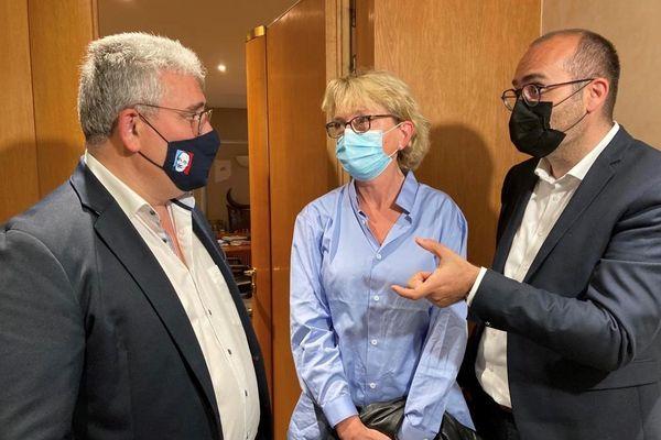 Le binôme Corrèze Demain, Claude Chirac et Julien Bounie, aux côtés du président du conseil départemental sortant, Pascal Coste, après leur victoire à plus de 70% aux élections départementales pour le canton Brive 2.