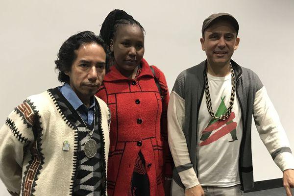 Les représentants de peuples indigènes mexicain et kényan, en compagnie du fondateur de Planète Amazone