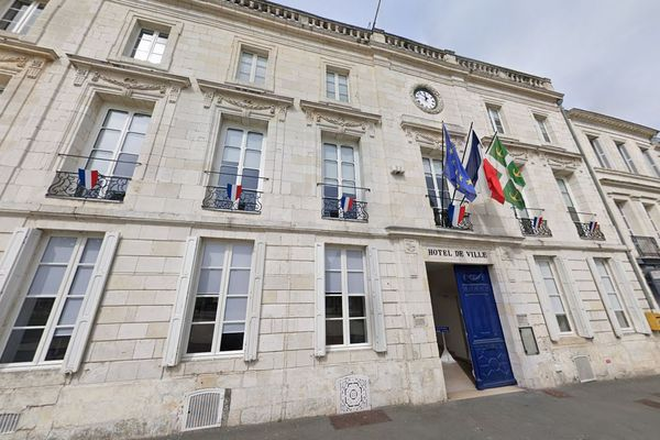 Façade de la mairie de Rochefort (Charente-Maritime)