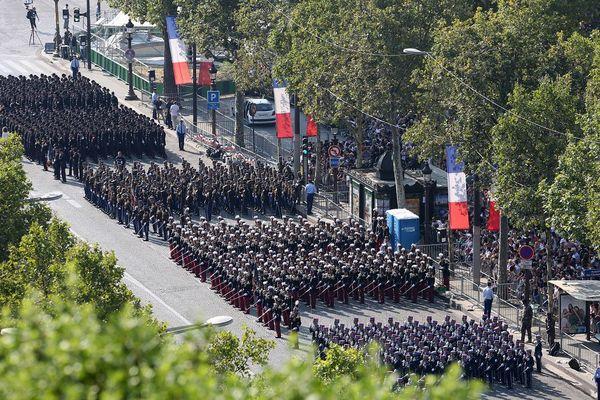 Le défilé militaire du 14 juillet sur les Champs Elysées à Paris.
