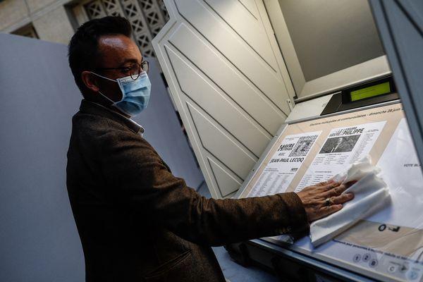 Une machine à vote au Havre, lors du second tour des municipales en 2020