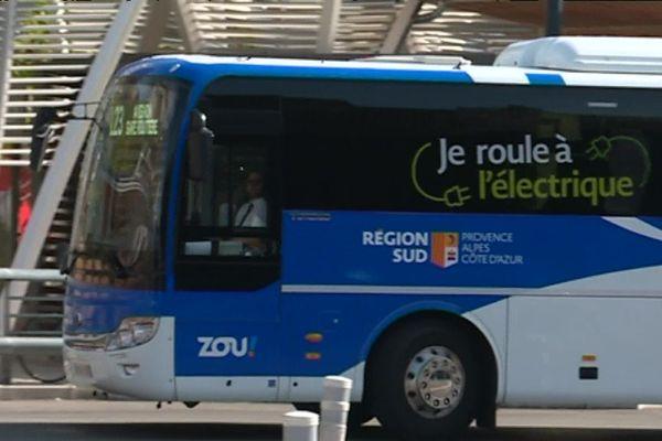 Depuis le 1er août, dix autocars 100% électrique circulent entre Aix-en-Provence, Avignon et Toulon.