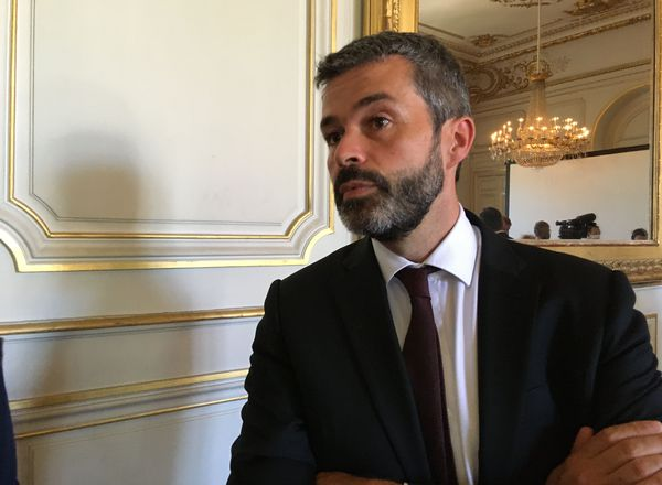 """""""Plusieurs centaines de milliers, peut-être des millions d'euros"""" Philippe Barbat directeur général du patrimoine."""