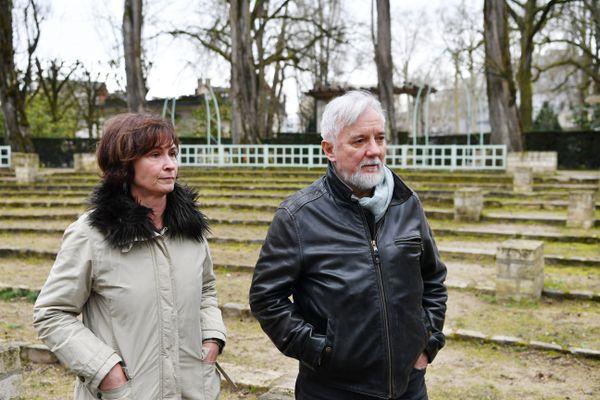 Les parents d'Arthur Noyer, Didier et Cécile Noyer, le 20 février 2020 au jardin des Près-Fichaux de Bourges.