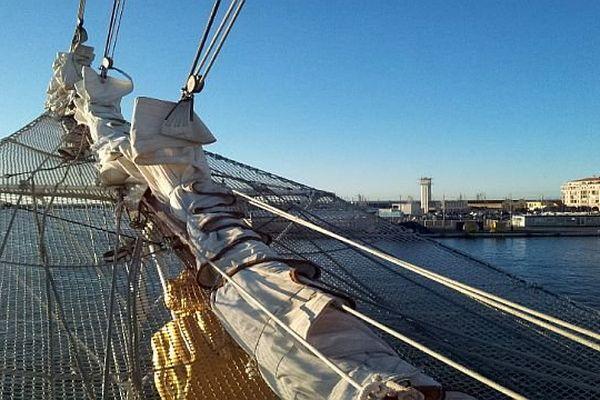 Sète (Hérault) - la proue du voilier espagnol Juan Sebastian de Elcano - 31 janvier 2014