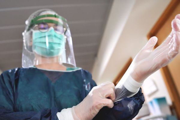 Pour la première fois depuis la mi-mars, en Auvergne-Rhône-Alpes, aucun décès lié au coronavirus COVID 19 n'a été recensé en 24 heures.