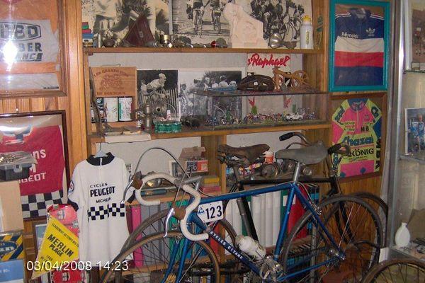 Le vélo gitane de Bernard Hinault : une belle pièce de la collection de Claude.