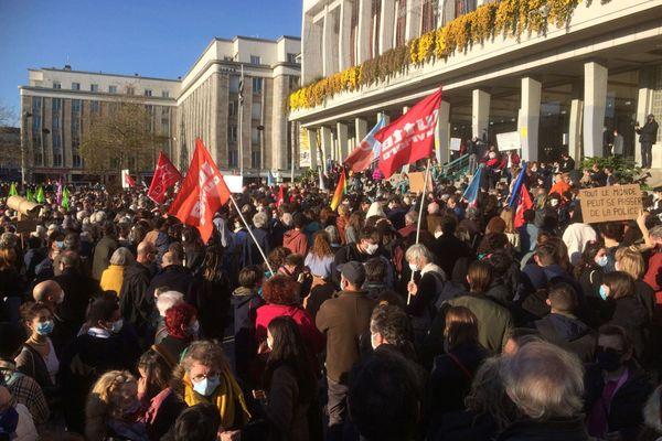 Plus de 4000 manifestants rassemblés à Brest ce samedi après-midi