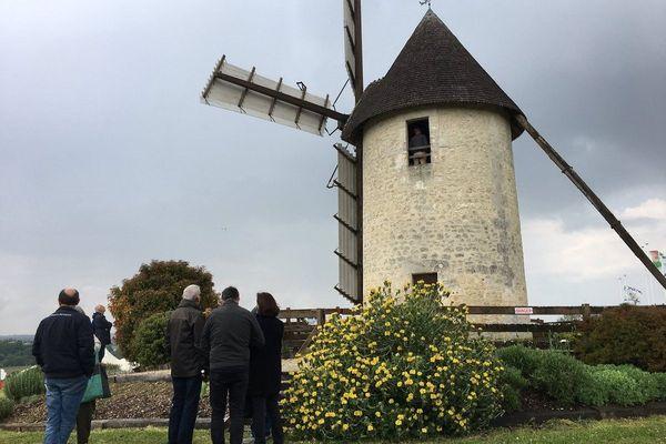 Chaque année le troisième week-end de mai, les moulins ouvrent leur portes avec des visites gratuites comme ici, à Jonzac en Charente-Maritime - mai 2019
