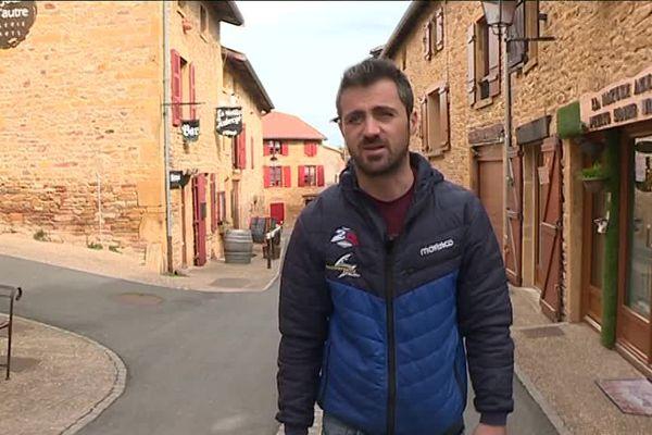 Le pilote Julien Toniutti est de retour chez lui dans le Beaujolais après un terrible accident sur le Dakar. 6/3/19