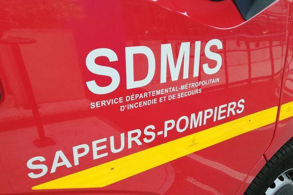 Un incendie a touché plusieurs appartements regroupés dans une maison de Beaujeu (Rhône), samedi 23 janvier.