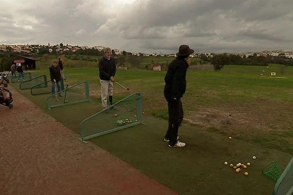 Le golf du domaine de Fontcaude a organisé une journée porte ouverte, à l'attention des personnes handicapées.