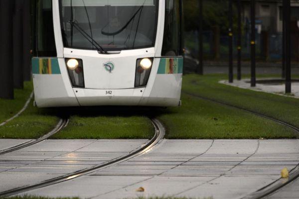 La circulation du tramway T4 est coupée toute la journée (illustration).