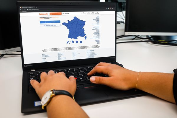 Le site français leboncoin est très populaire, mise en relation entre vendeurs et acheteurs.