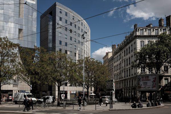 Les habitants de la Guillotière à Lyon réclament des mesures pour retrouver la douceur de leur quartier.