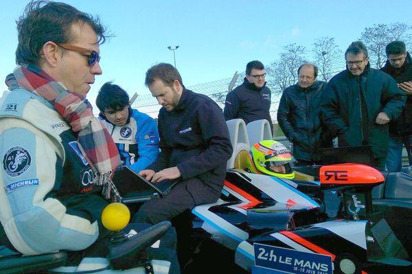 Frédéric Sausset (à gauche) aux côtés de Christophe Tinseau
