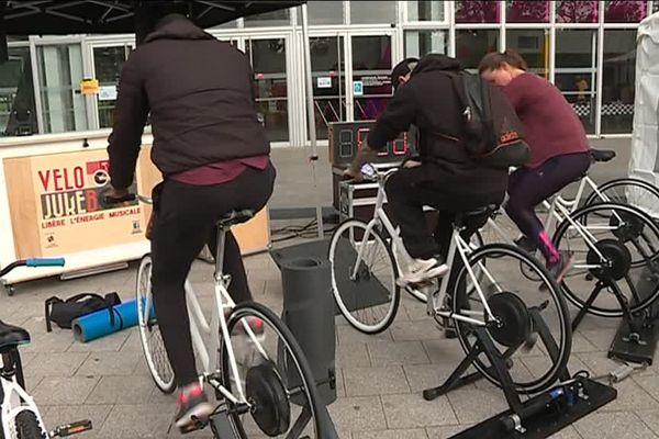 250 cyclistes ont produit 500 W/h durant la journée citoyenne à Angers le 19 mai