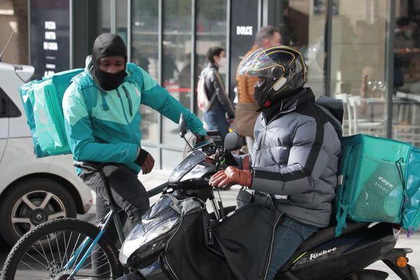 Les deux roues à moteurs interdits dans le centre-ville piétonnier de Nantes à compter du 8 mars 2021
