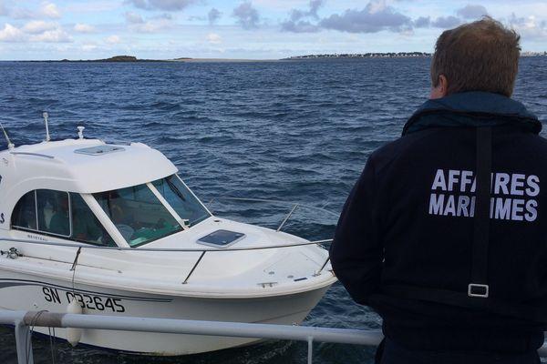 Les Affaires Maritimes procèdent à des contrôles de sécurité en mer en baie de La Baule ce 8 août 2017