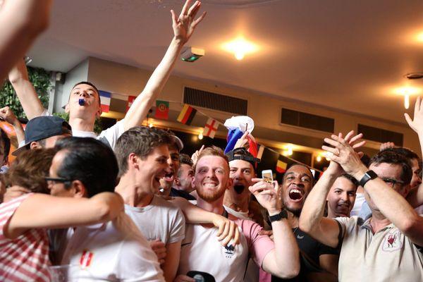 Des supporteurs français lors de la qualification de la France en demi finale de coupe du monde