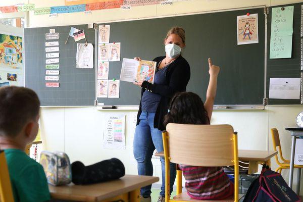 A l'école élémentaire Brossolette à Mulhouse, on fait classe en respectant le protocole sanitaire du ministère de l'éducation nationale