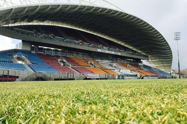 Maintenant que le Clermont foot accède à la Ligue 1, les travaux du stade Gabriel Montpied vont devoir être accélérés pour être prêts au début de la saison au mois d'août.